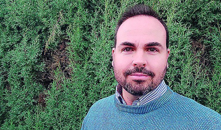 Ángel Jiménez publica un libro con relatos de terror por la provincia