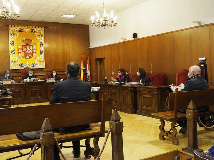 Audiencia Juicio Alcalde Fuentesoto