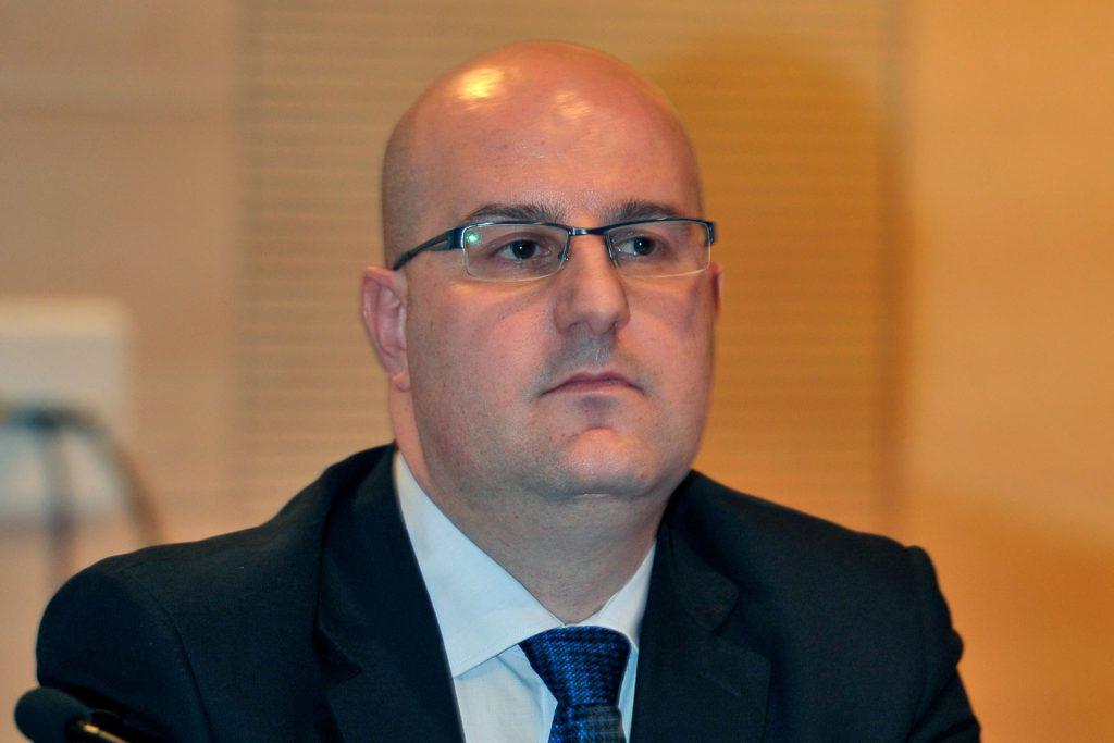 Miguel Angel Higuera KAM9327