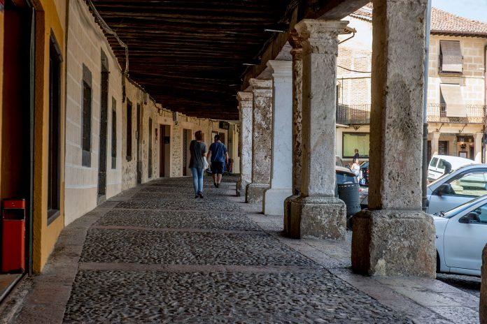 Riaza Plaza Ayuntamiento KAM2365