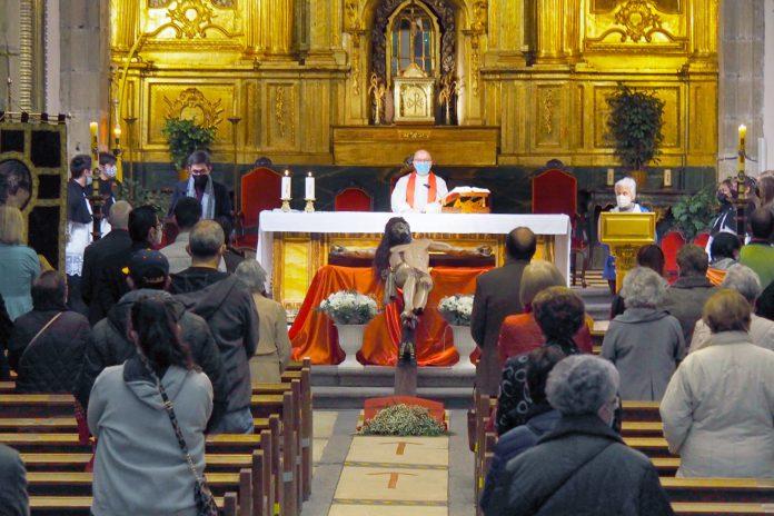 Semana Santa Misa Cinco Misterios Santa Eulalia Coronavirus KAM6335