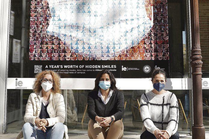 ie university mural fotografico mascarillas coronavirus RAS06627