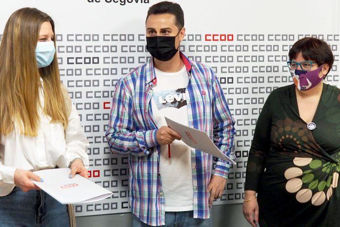 El secretario general de CCOO Segovia, Alex Blázquez, en el centro, es el único candidato presentado.