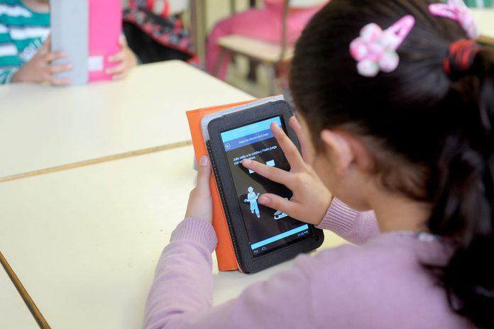 CEIP Santa Eulalia Educacion Tablets Ordenadores KAM8476