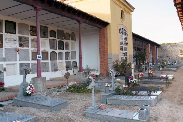San Ildefonso Cementerio Dia Santos KAM6213