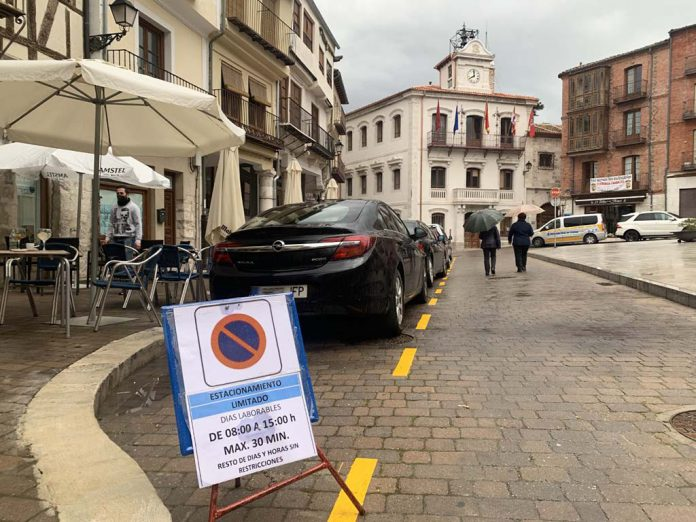 aparcamiento plaza mayor cuellar