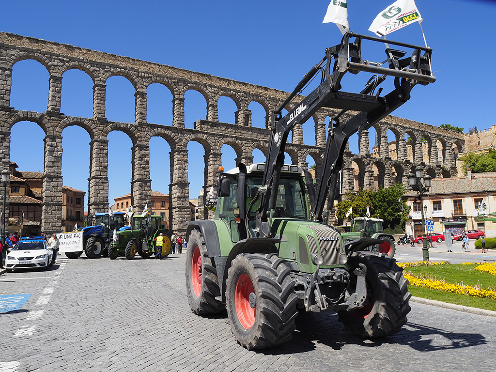 20210519 Tractorada Agricultores UCCL KAM4272