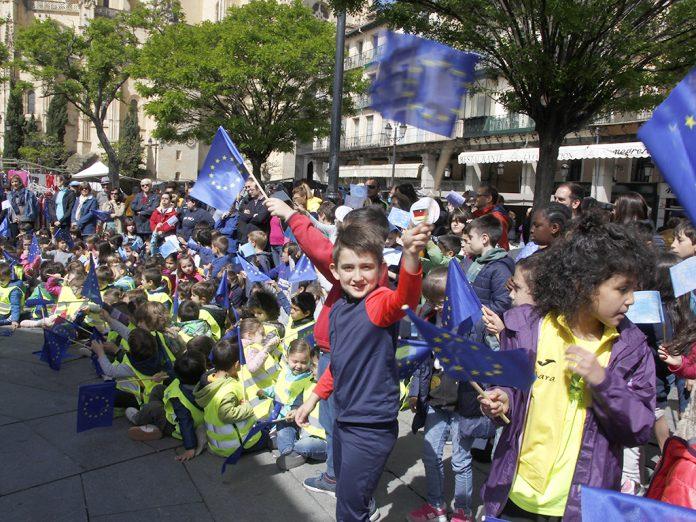Desde 2005, la ciudad ha celebrado este acontecimiento con distintas actividades, magia y teatro. / NEREA LLORENTE