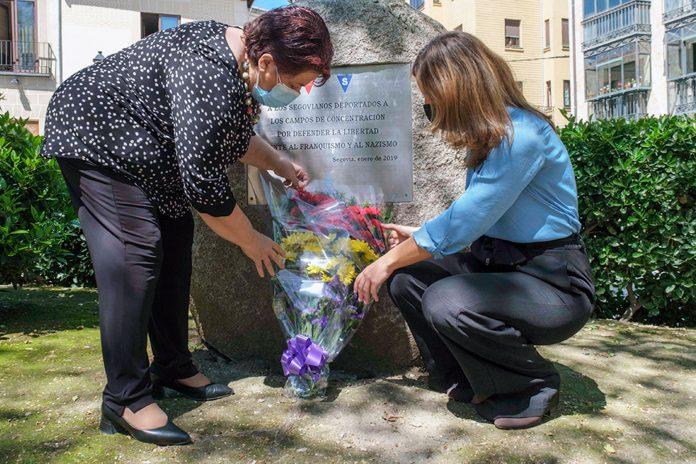 Ayuntamiento Homenaje Victimas Nazismo Mauthausen KAM8176