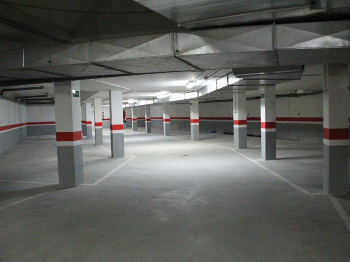 Garaje Ninas Huerfanas