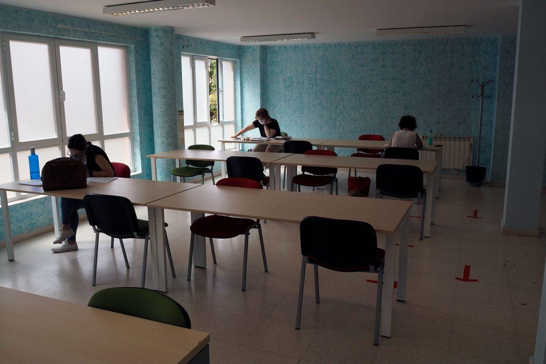 Sala Estudio La Albuera KAM8069