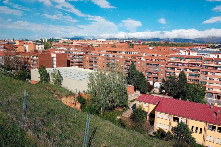 Gobierno y oposición discrepan sobre las obras en el talud del CEIP Carlos de Lecea