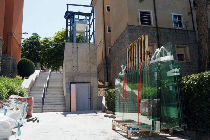 Ascensor San Jose Obras Cristales KAM7358