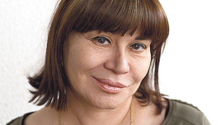 Isla Correyero, Premio de Poesía 'Gil de Biedma' 2021.