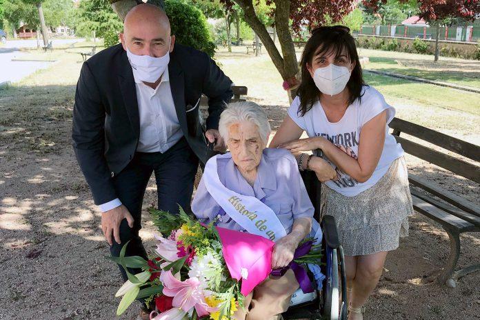 san cristobal homenaje personas mayores