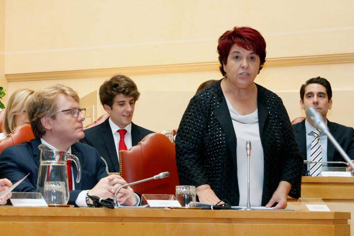 Ayuntamiento constitucion alcaldesa y concejales 18