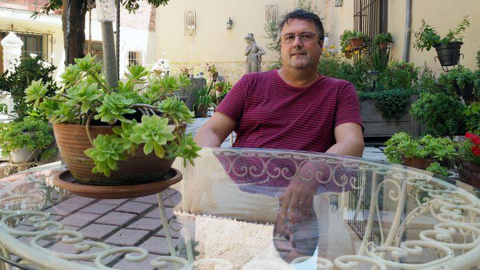 Hace 30 años, Tarilonte sacó plaza en Segovia como enfermero de la Gerencia de Servicios Sociales. / KAMARERO