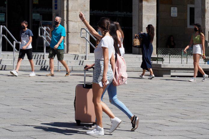 El sector hotelero de Segovia lamenta la falta de ayudas que ha recibido hasta el momento. / KAMARERO