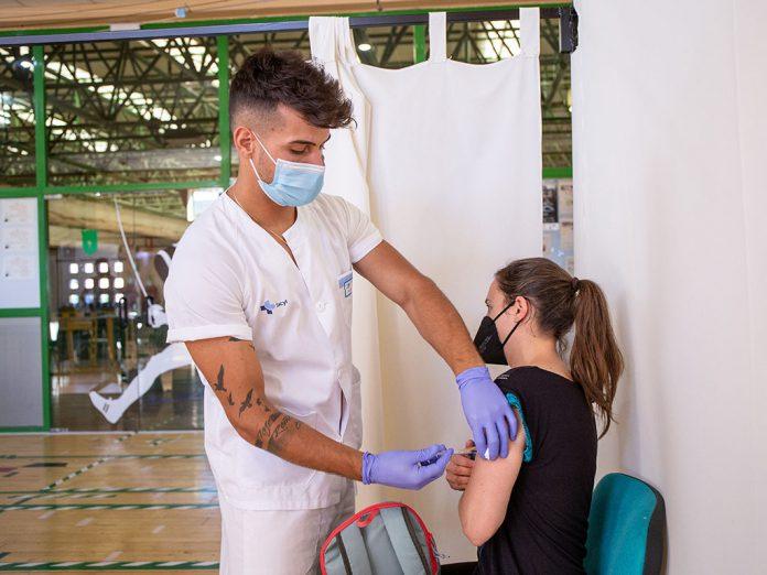 Vacunacion Pedro Delgado de Segovia nereallorente 28
