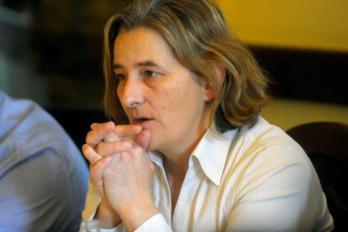 Yolanda Benito alcaldesa bernuy de porreros