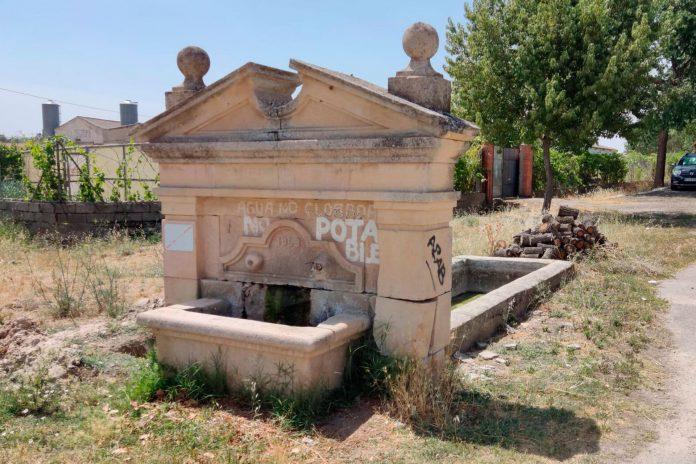 Valdesimonte agua deposito fuente 4