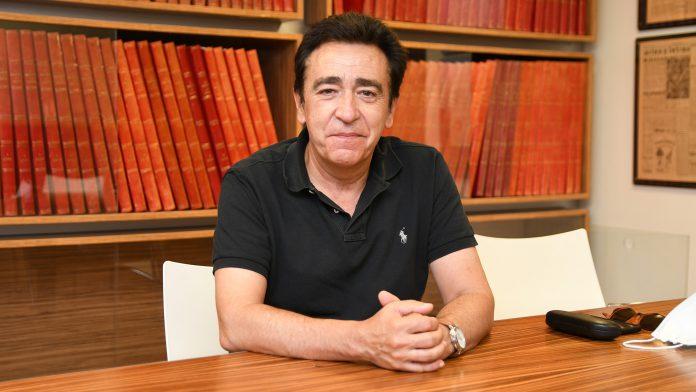 El alcalde de Ortigosa del Monte, Juan Carlos Cabrejas. / JAIME GUERRERO