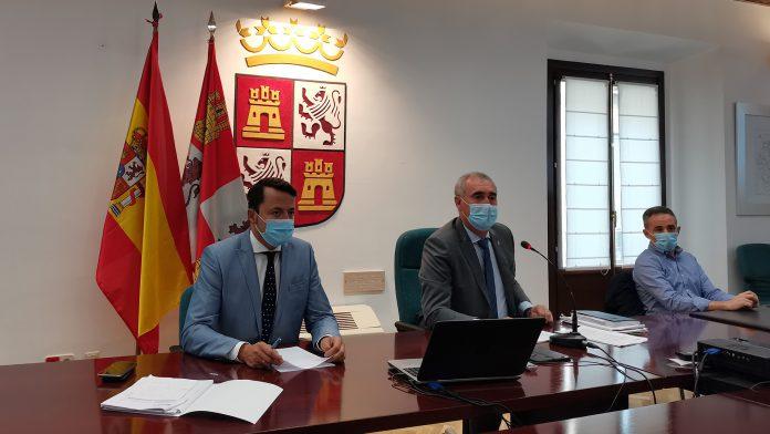 Diego del Pozo (izquierda) y José Mazarías, durante la rueda de prensa. /E.A.