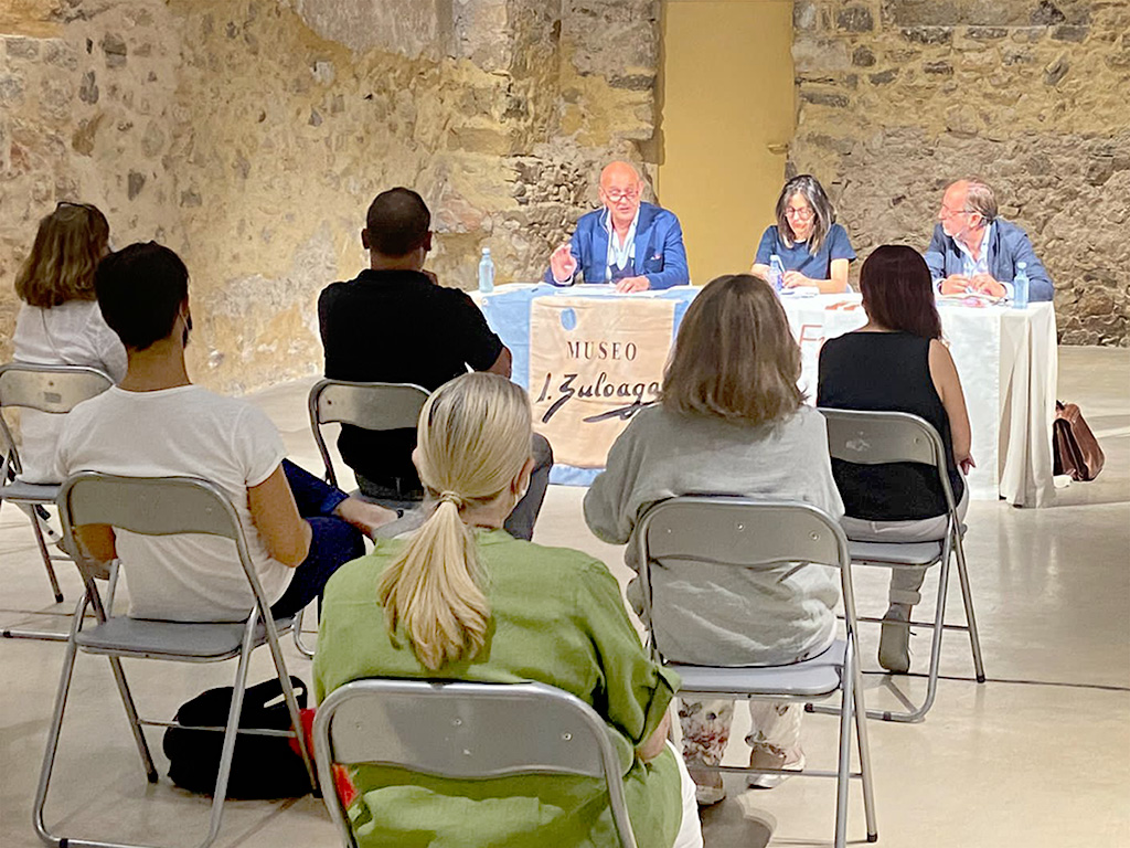 La relación entre El Adelantado y Zuloaga se analiza en Pedraza