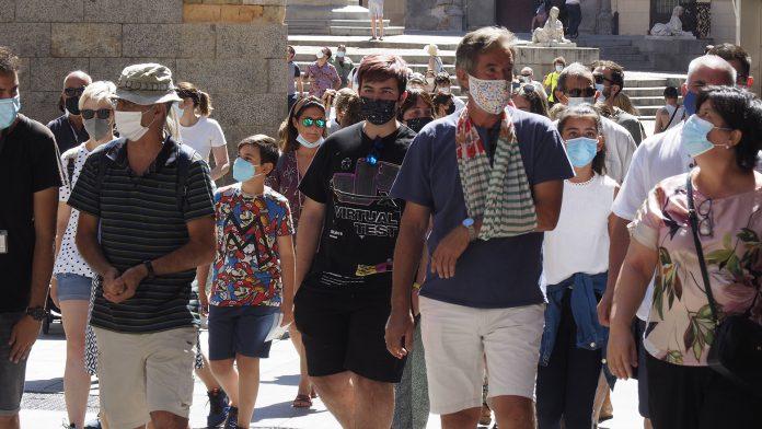 coronavirus gente turistas